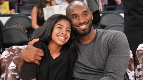 Rührende Geste: So gedenken Kobe Bryants Töchter ihrem Vater und ihrer Schwester