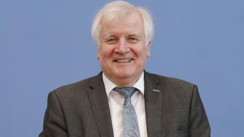 Seehofer in Rente: So ein riesiges Vermögen hat er angehäuft