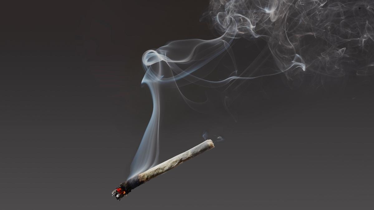 Dieses Risiko gehst du ein, wenn du nur eine Zigarette am Tag rauchst