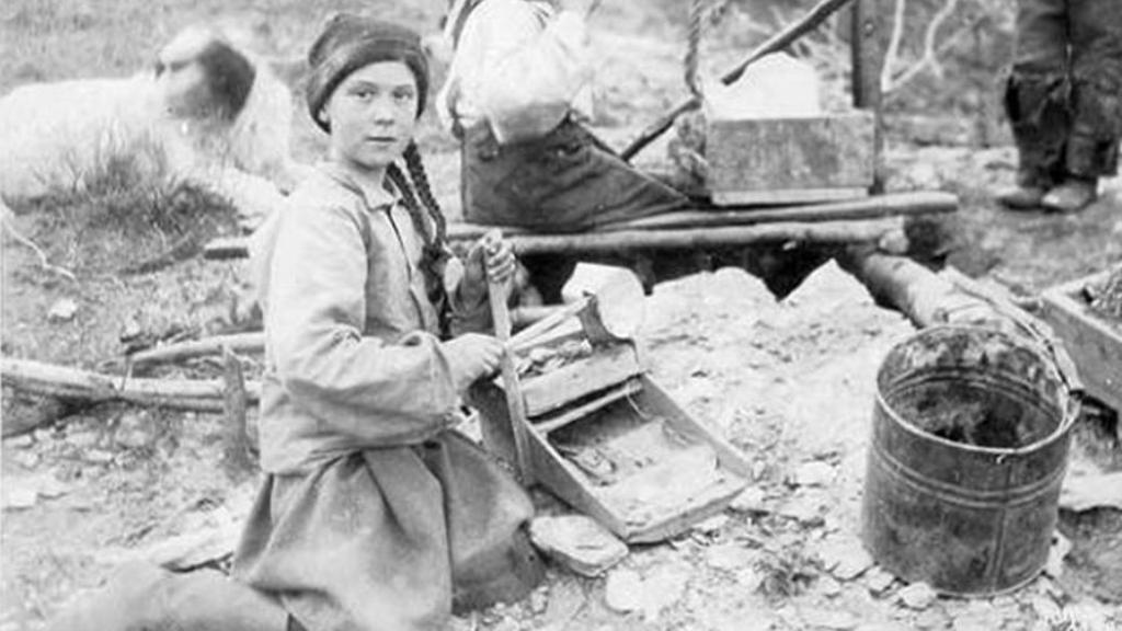 Ist Greta Thunberg eine Zeitreisende? Ein Foto aus dem Jahr 1898 gibt Rätsel auf